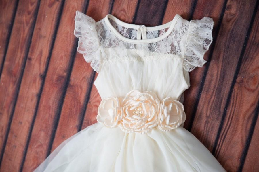 Mariage - Ivory Lace Flower Girl Dress, Toddler Beach Wedding Dress, Cream Crochet Country Wedding, Boho Chic dress Princess Tutu, Birthday Girl