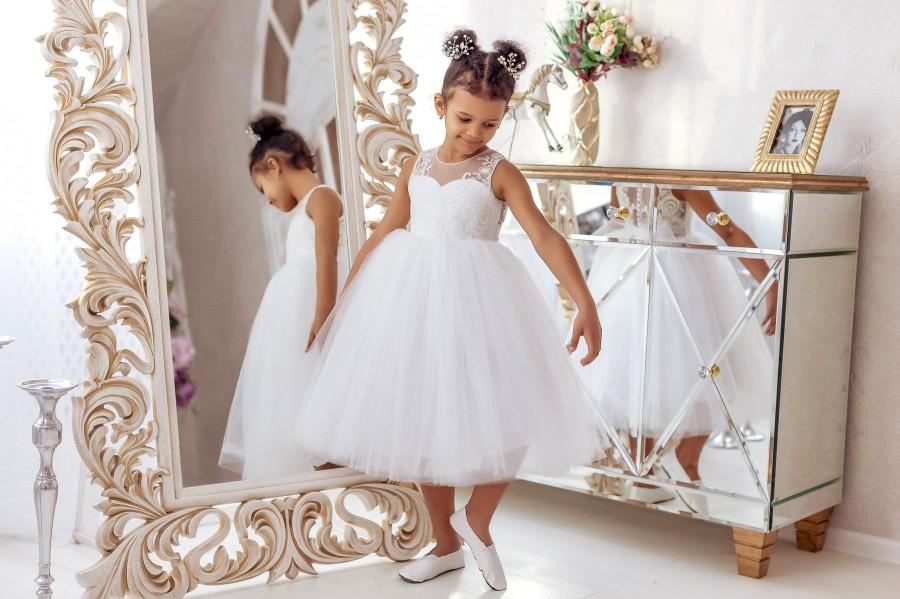 Mariage - Flower Girl Dress, Lace Flower Girl Dress, Lace Baby Dress, Tulle Flower Girl Dress, White Flower Girl Dress, Tutu Flower Girl Dress, Dress
