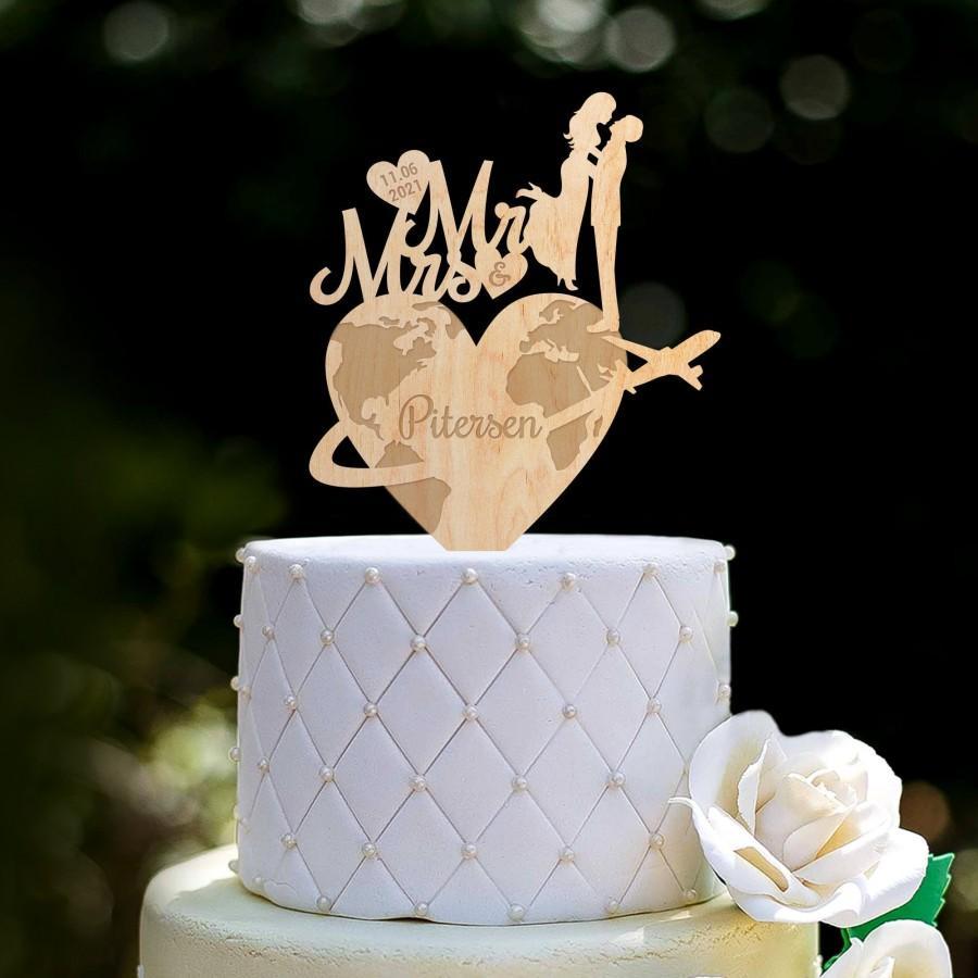 Hochzeit - Destination wedding last name cake topper,Travel theme wedding cake topper,travel wedding topper,adventure wedding mr and mrs topper,0362