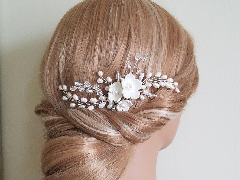 Hochzeit - Wedding Pearl Hair Comb, Bridal Hair Piece, Freshwater Pearl Crystal Comb, Bridal Hair Jewelry, Wedding Pearl Floral Hair Comb, Flower Comb
