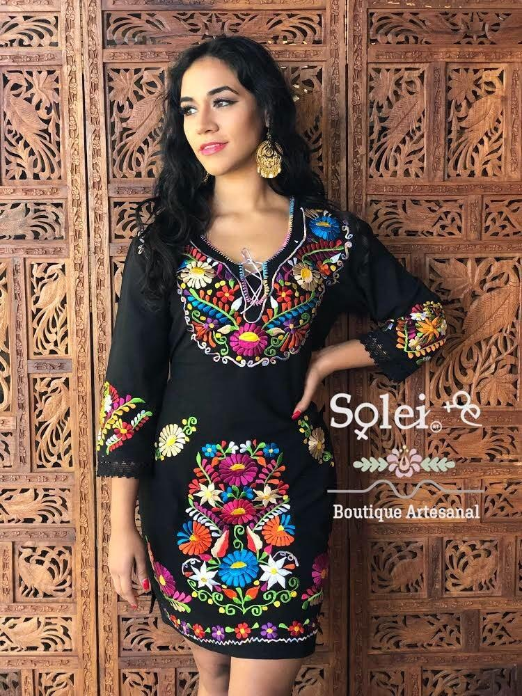 Mariage - Mexican Kimono Dress. Mexican Floral Dress. Colorful Embroidered Dress. Bell Sleeve Dress. Formal Dress. Frida Kahlo Dress.