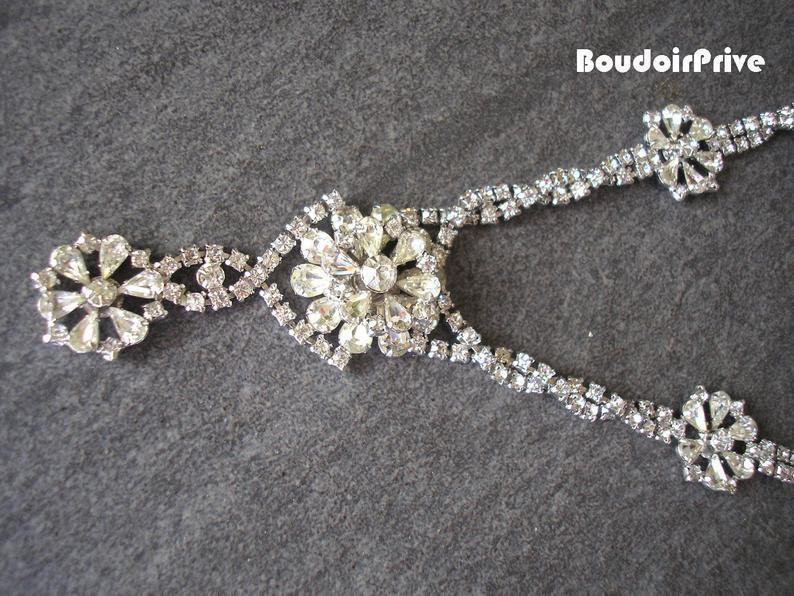 Свадьба - Crystal Bridal Necklace, Downton Abbey, Statement Necklace, Rhinestone Bib, Prom Jewelry, Deco, Rhinestone Necklace, Gatsby, 1950s Jewelry