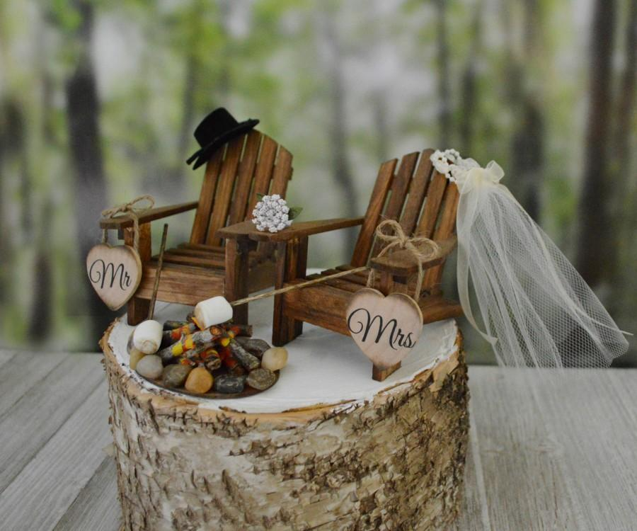 Свадьба - Roasting marshmallows wedding cake topper camping s'mores themed fire pit wedding marshmallow on sticks Mr&Mrs wedding signs country wedding