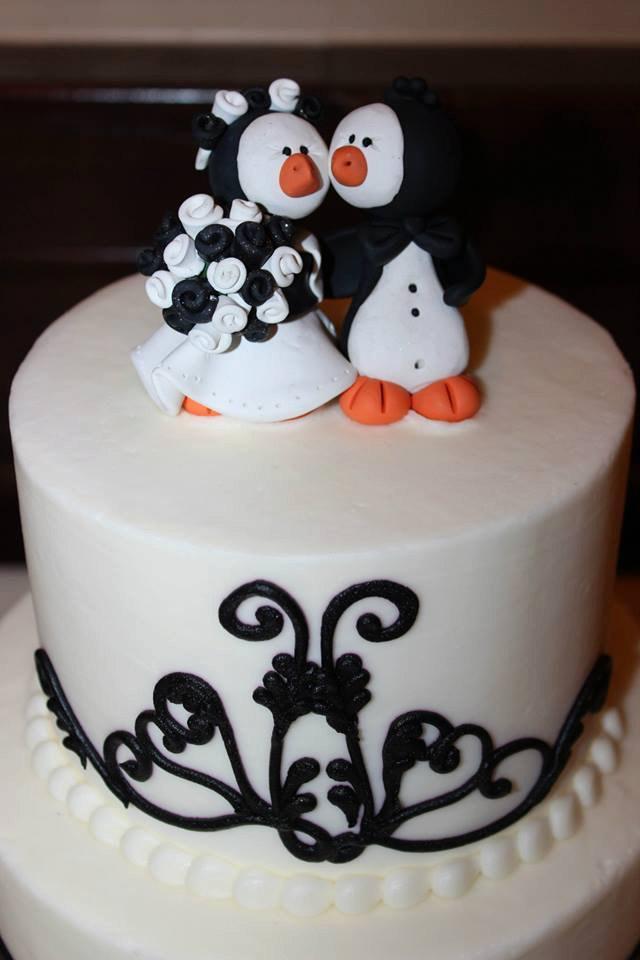 Wedding - Penguin Wedding Cake Topper, Penguin Bride and Groom, Bridal Shower Gift, Custom Cake Topper, Penguin Wedding, Penguin Themed Party, Baby