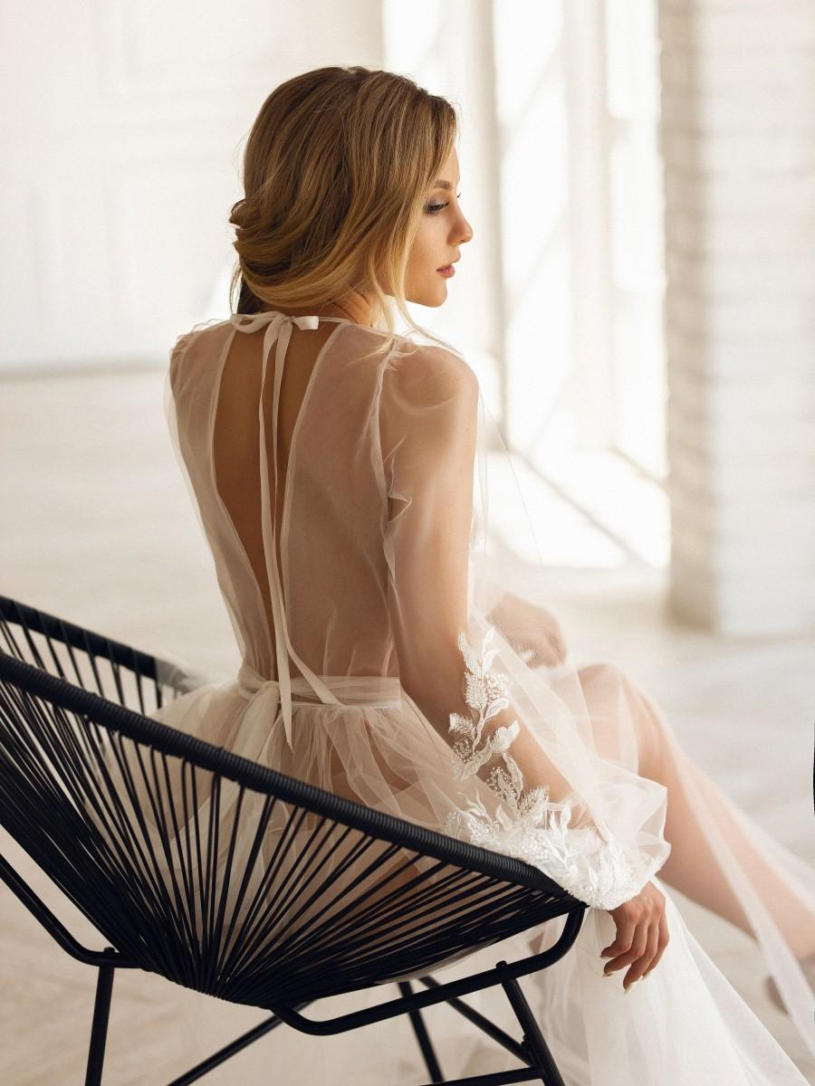 Свадьба - Maxi Luxury Bridal Robe, Lace Photo Shoot Dress, Boudoir Wedding Robe, See Through Long Gown