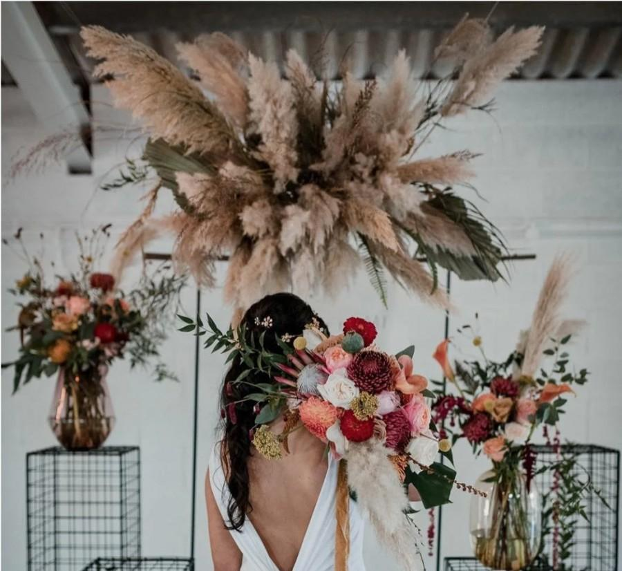 Wedding - 1 Piece Natural Pampas Grass/ Pampas Bundle/Home Decor/ Rustic Wedding Decor/ Brown Pampas/ Ivory Pampas/ Natural Pampas/ 3ft Long Pampas