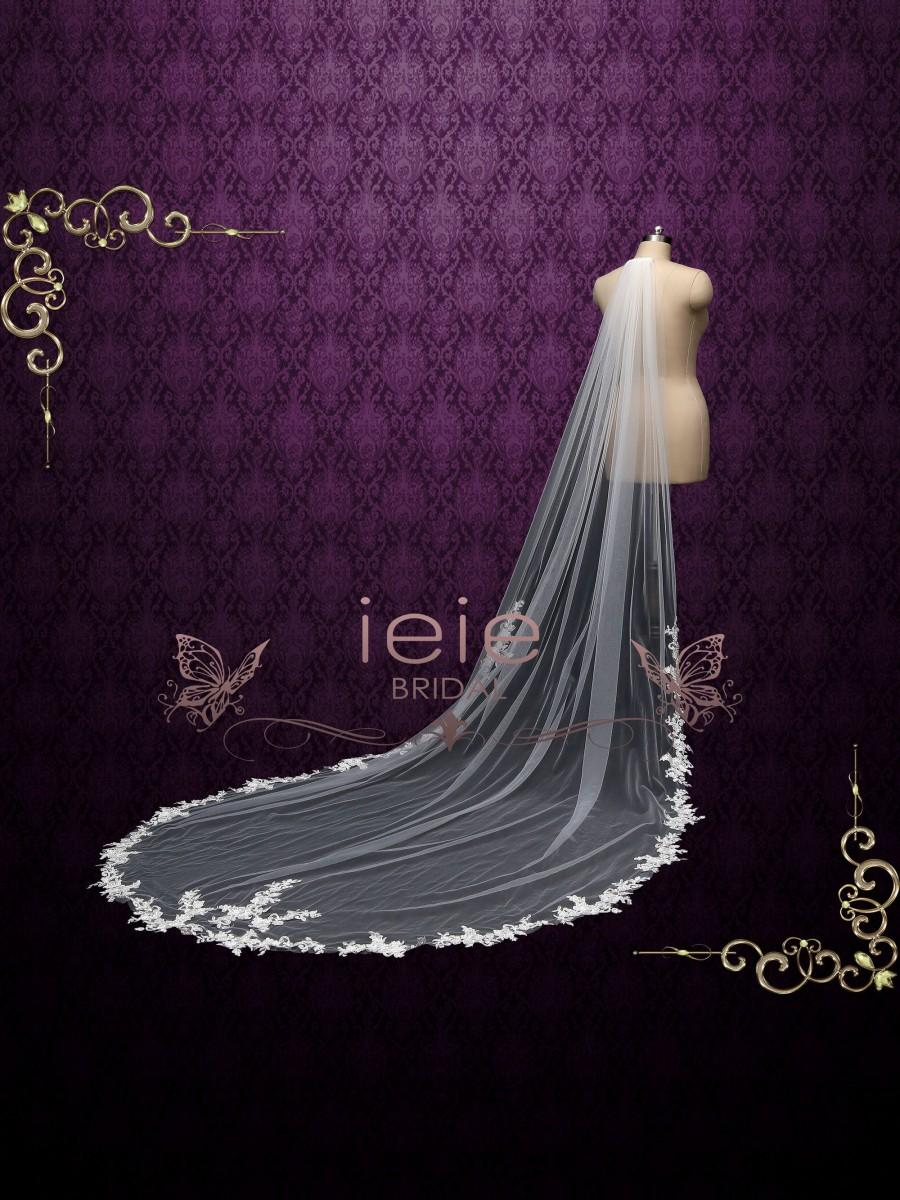 Mariage - Cathedral Long Wedding Veil with Floral Lace at Train, Chapel Lace Wedding Veil VG2022