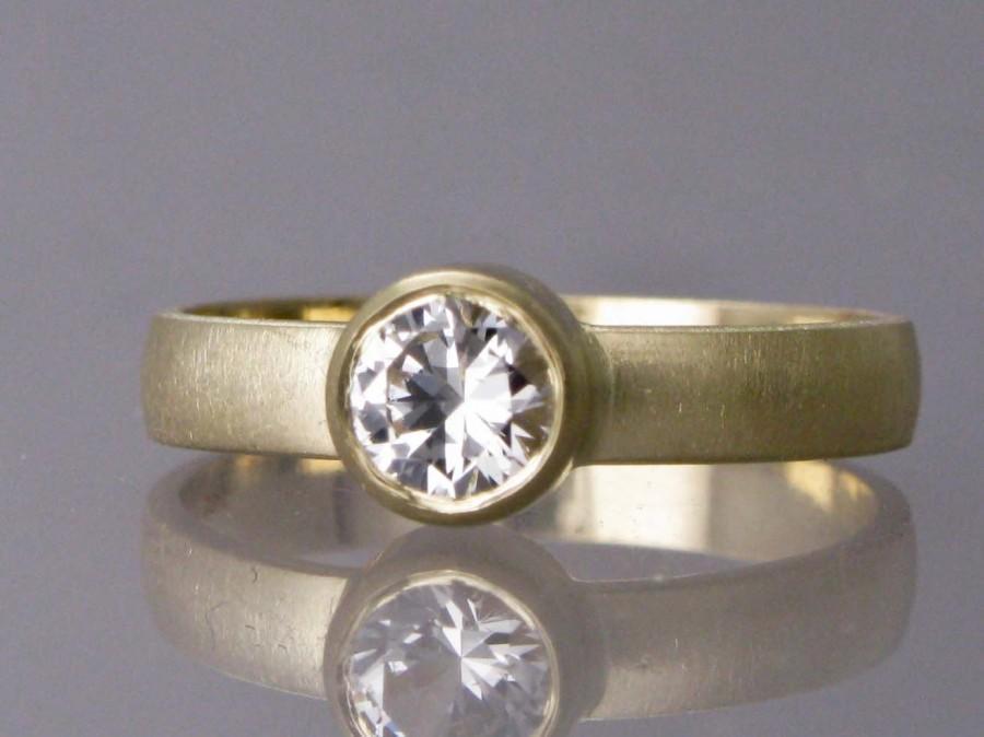 Hochzeit - Sapphire Engagement Ring - 5mm White Sapphire on 3mm Wide 14k Yellow Gold Band - Diamond Alternative