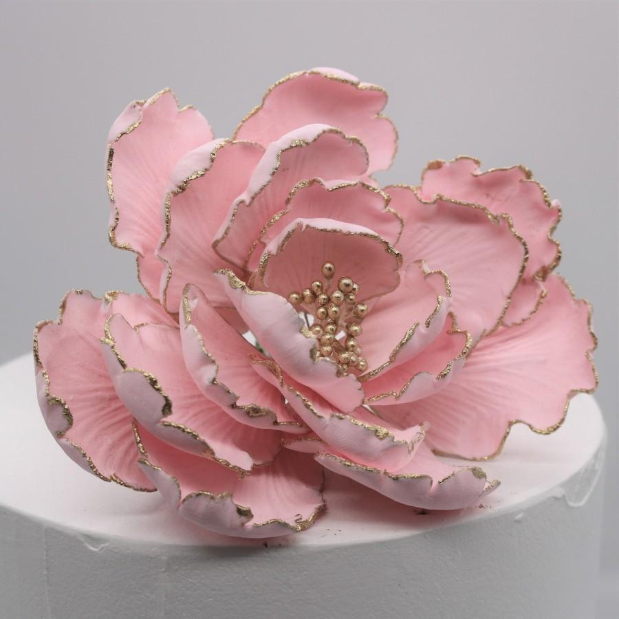 زفاف - Garden Peony Flowers - Pink with Gold Tips and Stamens Cake Toppers - Gumpaste Sugar Flowers