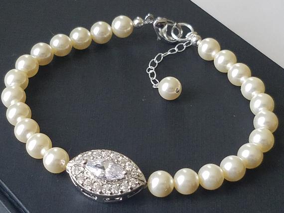 Свадьба - Pearl Bridal Bracelet, Swarovski Ivory Pearl Bracelet, Wedding Bridal Bracelet, Bridal Jewelry, Ivory Pearl CZ Bracelet, Bridal Party Gift