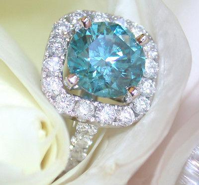 Wedding - Attractive 1.5 ct Square Moissanite Engagement Ring