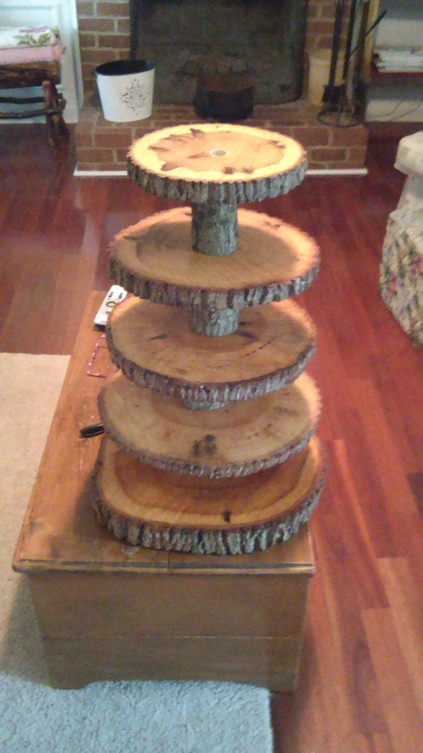Свадьба - Rustic Wedding 5 Tier Natural Log Cupcake Stand And Cake Topper