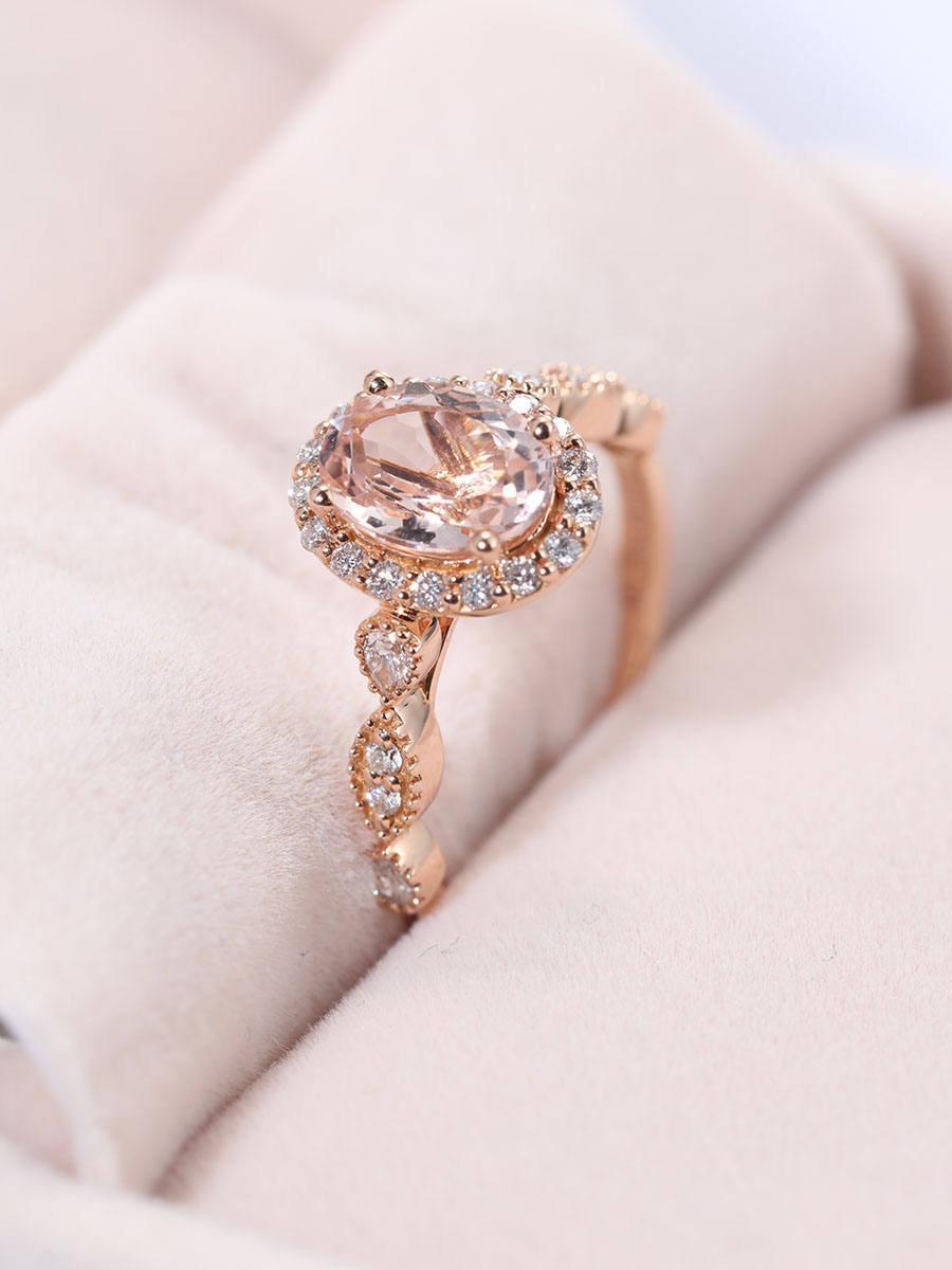 Mariage - Morganite Engagement Ring,Art deco Vintage moissanite wedding ring Rose gold,Diamond ring,Antique Halo set ring,Oval cut ring