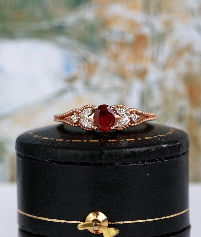 Mariage - Ruby engagement ring Oval cut rose gold ring diamond ring milgrain ring vintage solid unique woman bridal  anniversary promise gifts