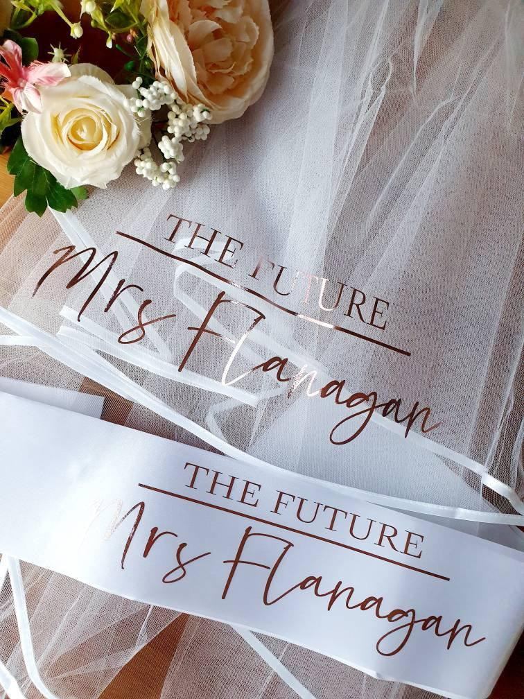 Mariage - Hen party veil and sash, future mrs hen veil, personalised veil for bride ,bride to be gift, bachorlorette veil, bridal shower veil, hen do,