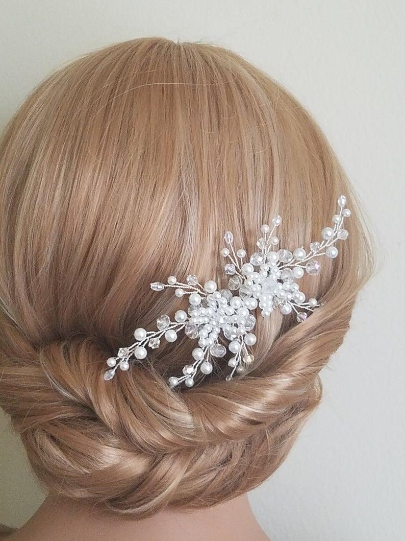 Mariage - Pearl Bridal Hair Comb, Wedding Pearl Crystal Hair Piece, White Pearl Silver Headpiece, Pearl Bridal Hair Jewelry, Pearl Floral Hair Piece