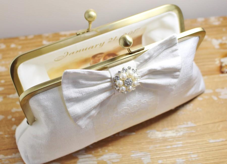Свадьба - Ivory Silk Dupioni Clutch - Personalized Photo Lining - Choice of Styles - Bride - Mother of the Bride - Wedding
