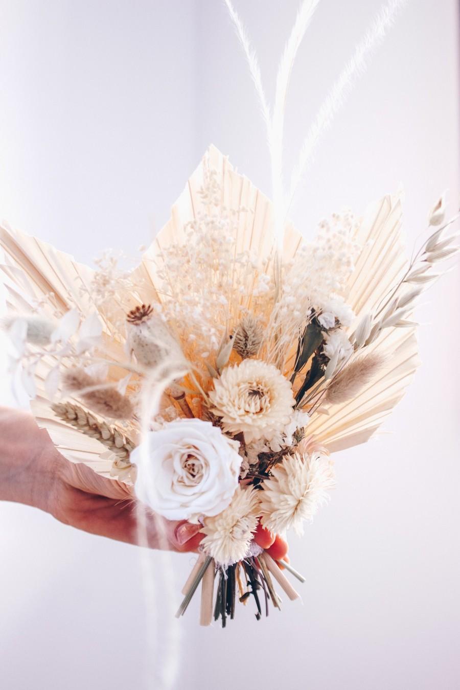 Mariage - White Cream Boho Palm Spear Bouquet / Dried Wildflower Bouquet / Preserved Rose Bouquet / Wheat Bunch Bouquet