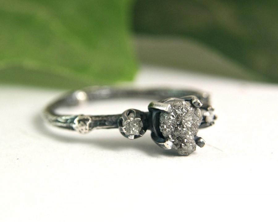 Mariage - Rough Diamond Triple Stone Ring Natural Black Diamond Twig Ring Gothic Style Jewelry April Birthstone