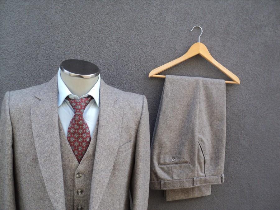 Wedding - 1960s Custom Made Tweed Suit / 60s Vintage Three Piece Suit / Mad Men / 3 Piece Gray Tweed Suit Size 40R / Medium / Med / Vintage Wedding
