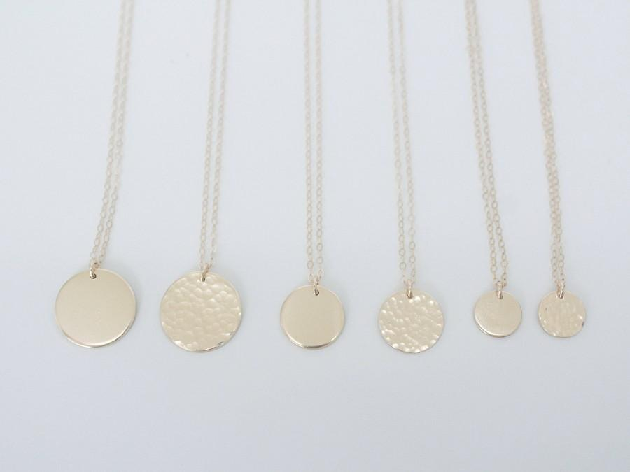 Свадьба - Smooth Hammered Disk Necklace, 14k Gold Filled or Sterling Silver · Dainty Delicate Necklace · Gift for Her