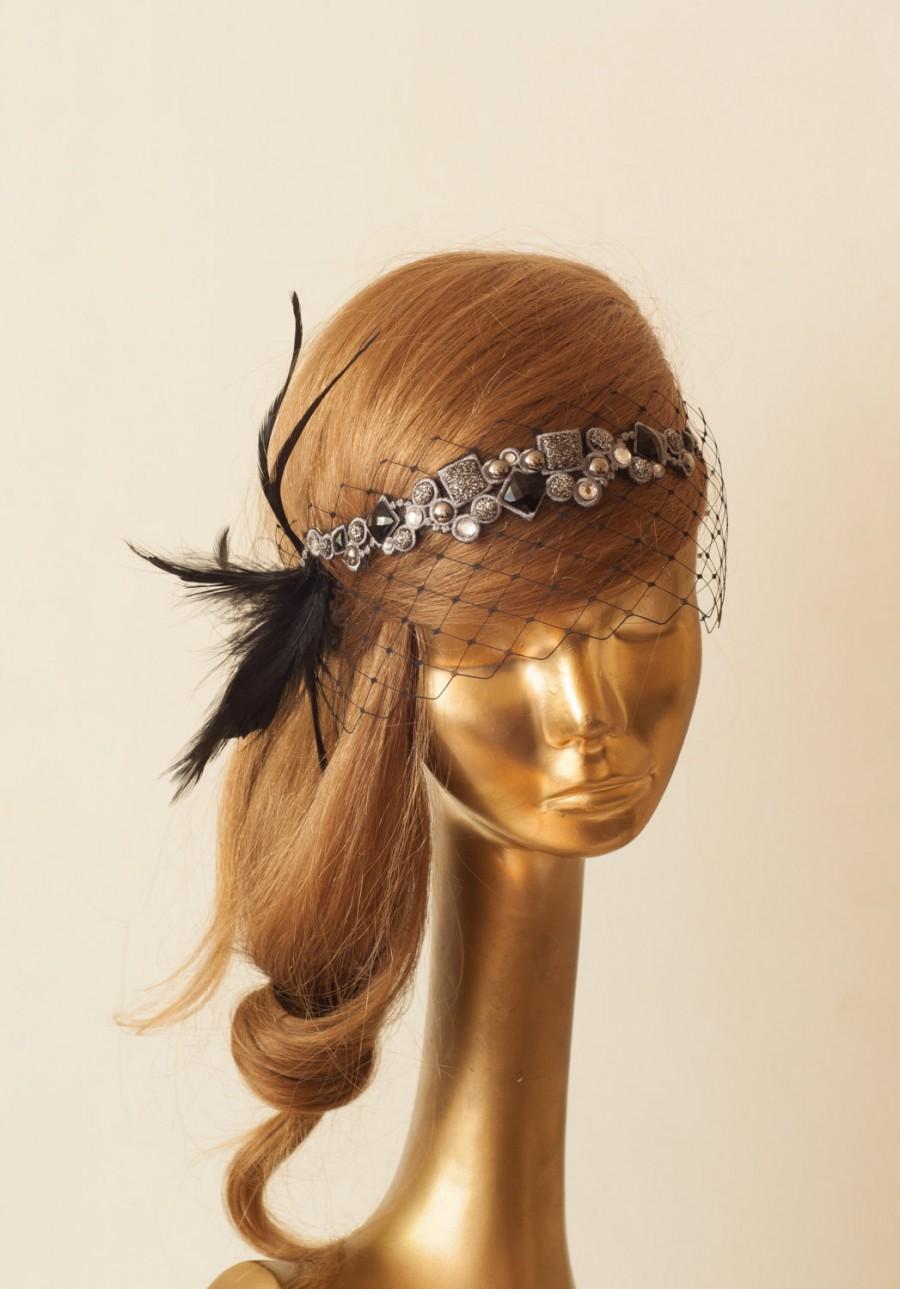 Mariage - BIRDCAGE VEIL. Black Veil .Romantic Wedding Headpiece with beautiful,delicate Guipure LACE .Bridal Fascinator
