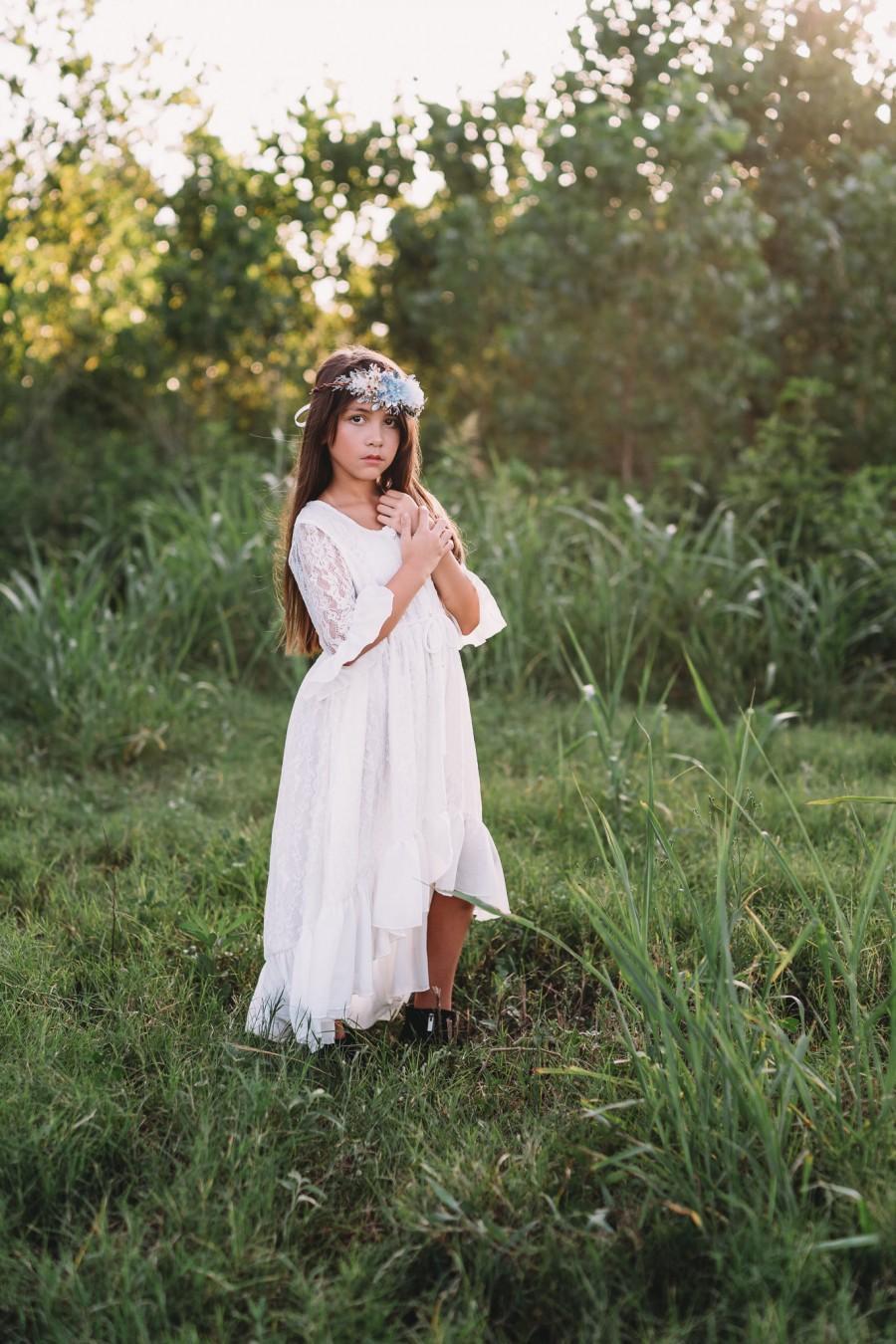 Свадьба - Rustic Flower Girl Lace Dress for Boho Wedding Bohemian White Beach Maxi Dress Girls Toddlers Tween Shabby Junior Bridesmaid Lace Dress Mara