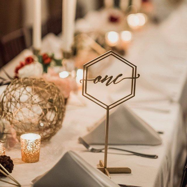 """Mariage - Table Numbers -Wedding  Table Number -Gold Table Numbers with base-Wooden Numbers -Please Send your phone number in the """"NOTE to the seller"""""""