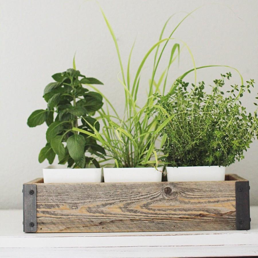 Mariage - Reclaimed Wood Herb Planter Box with Metal Brackets