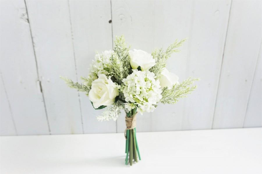 Mariage - White Rose Floral Bouquet, Wedding Bouquet, White Table Flower, White Bridal Bouquet, White Bridesmaid Bouquet, Flower Girl Bouquet
