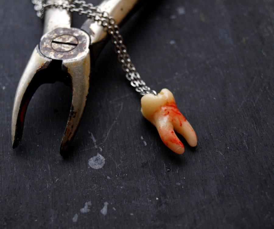 Wedding - Bloody human tooth necklace, Goth halloween pendant, Faux teeth, Gothic jewellery, Molar oddities, Curiosities cabinet, Vulture culture