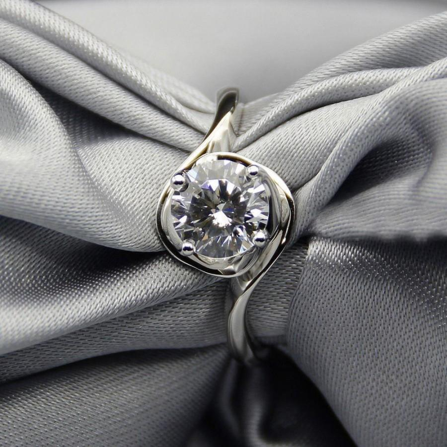 Mariage - Buy 1ct Moissanite Wedding Ring