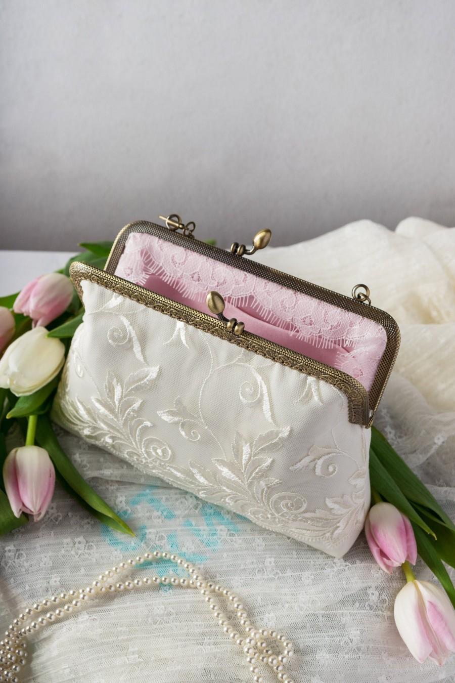 زفاف - Ivory lace wedding purse / Bridal clutch bag of cotton satin / Rustic wedding purse clutch / Ivory bride accessory