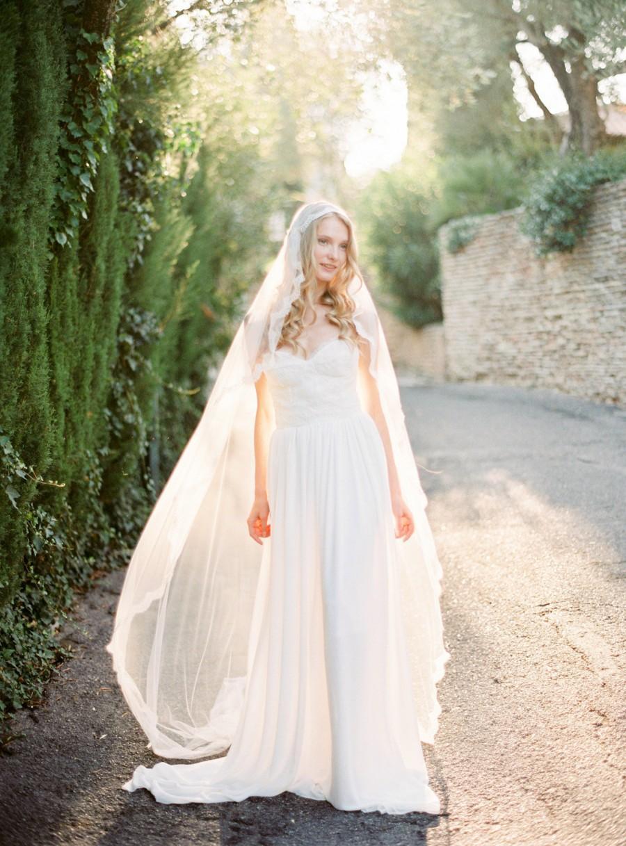 Свадьба - Juliet Cap Veil, Ivory Cathedral Veil, Silk Juliet Veil, Lace Wedding Veil, Long Bridal Veil, Handmade Veil, Bohemian Veil - Style 511