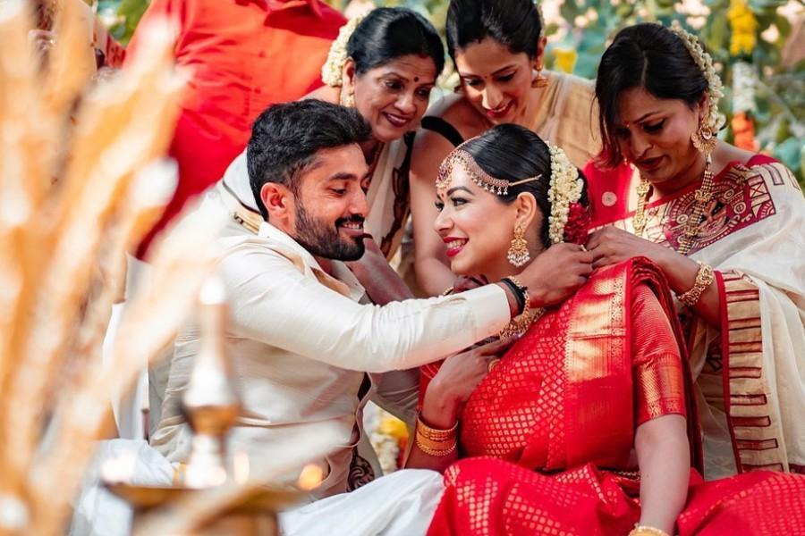 Wedding - Top Six Benefits Of Matrimonial Sites For Nair Matrimony