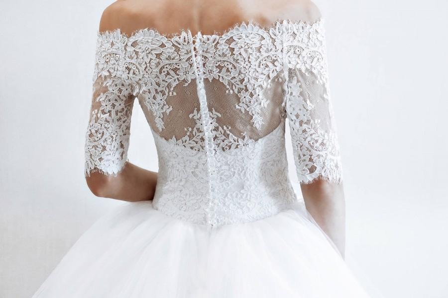 Свадьба - wedding dress quarter sleeves  Florence, classic  wedding dress off shoulder