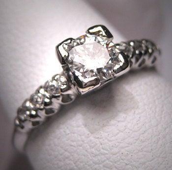 Mariage - Antique Platinum Diamond Wedding Ring Vintage Art Deco