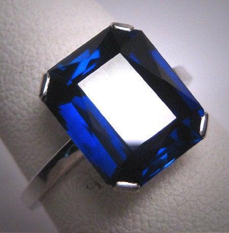 Hochzeit - Antique Sapphire Wedding Ring Vintage Art Deco c.1920 White Gold