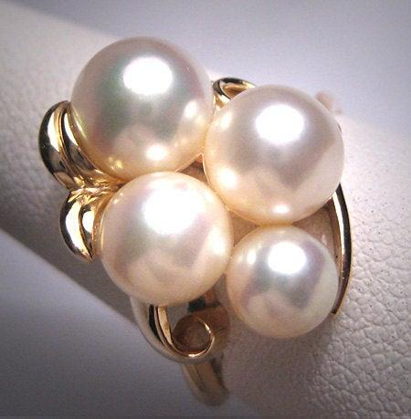 Mariage - Vintage Mikimoto Pearl Ring 14K Gold 8mm Akoya Original Box c.1950