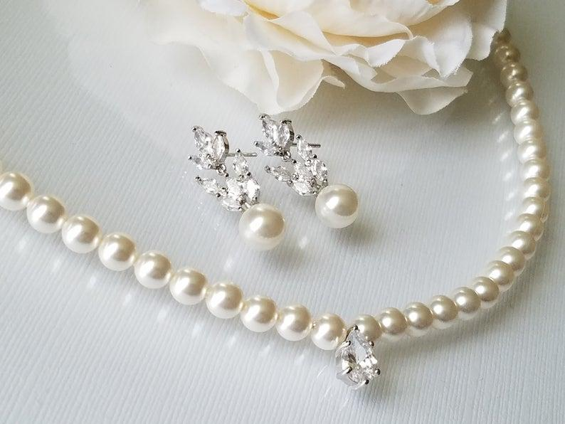 Mariage - Pearl Bridal Jewelry Set, Wedding Jewelry Set, Swarovski White Pearl Earrings&Necklace Set, Bridal Jewelry, Pearl Necklace Earring Studs Set