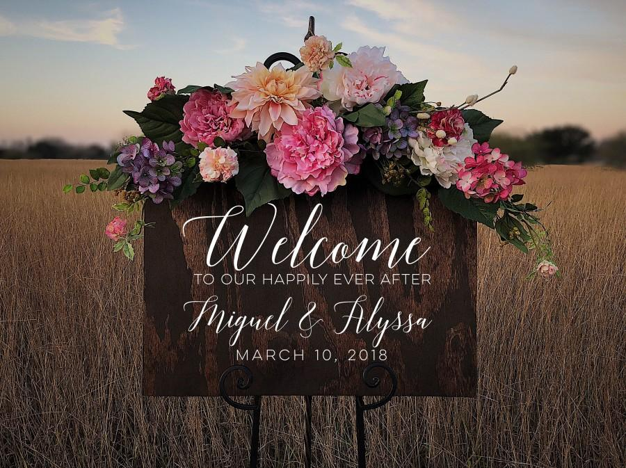 Mariage - Custom Wood Welcome to Our Happily Ever After Sign Personalized for Weddings Receptions And Events Handmade Welcome Sign