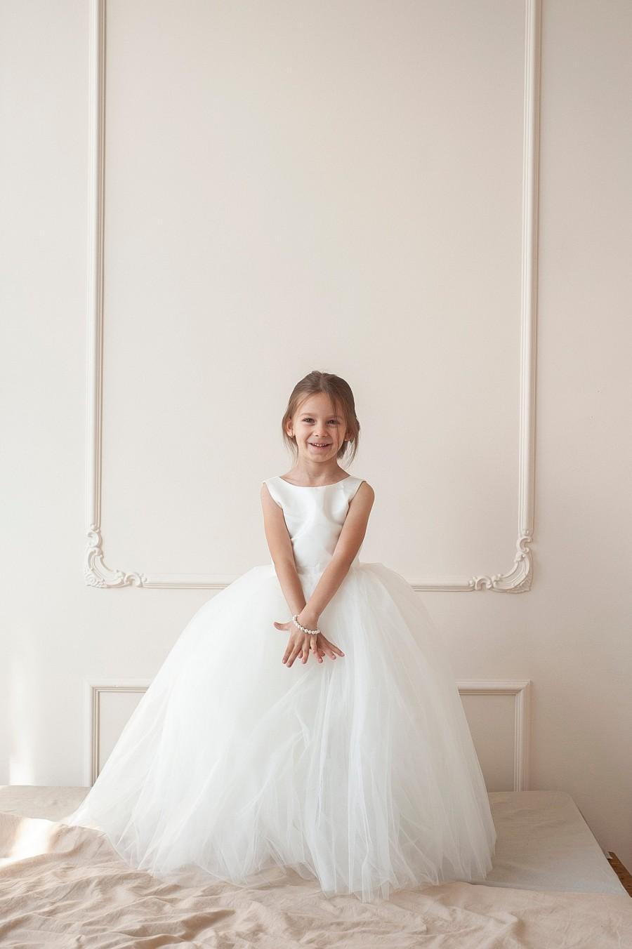 Mariage - Flower girl dress, Tulle flower girl dress, 100% money back guarantee