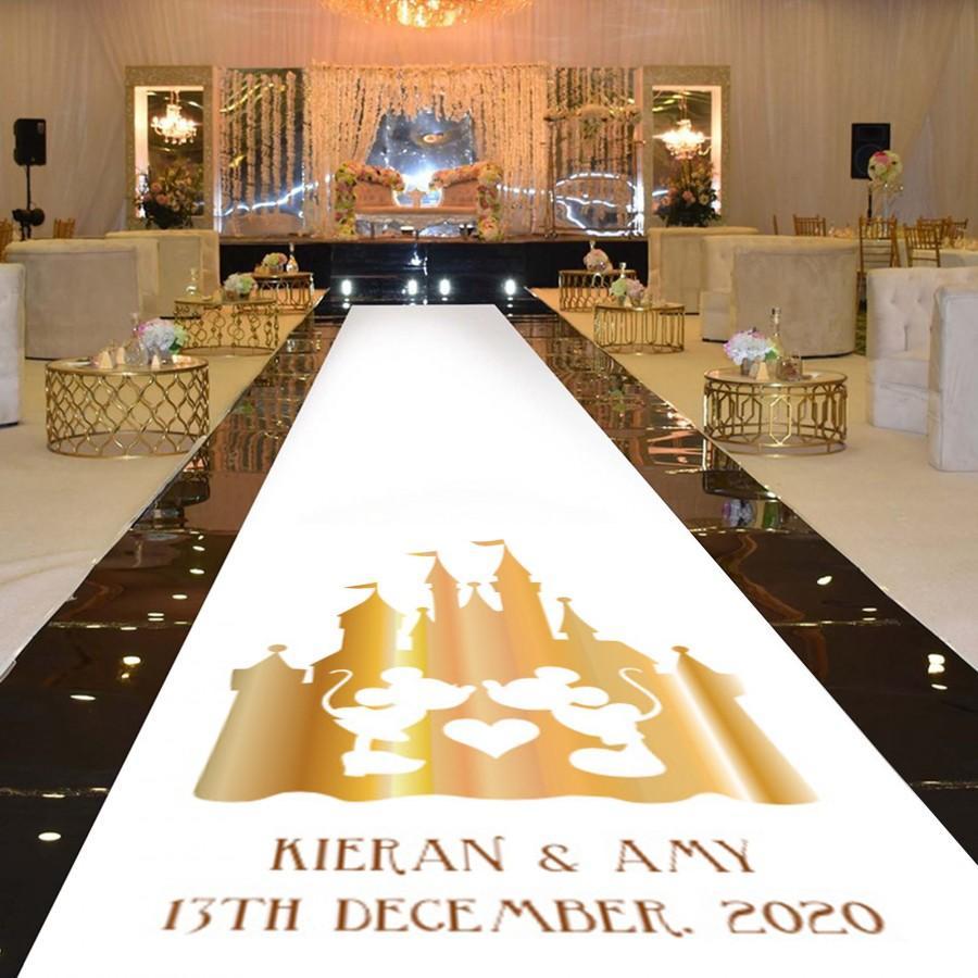 Mariage - Personalised Wedding Aisle Runner Decoration - : Gold Effect Disney Castle