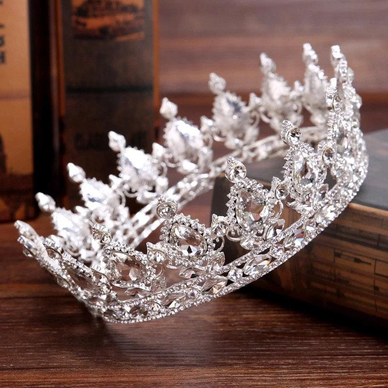 Mariage - Vintage Baroque Queen King Bride Tiara Crown For Women Headdress Prom Bridal Wedding Tiaras and Crowns Hair Jewelry Accessories