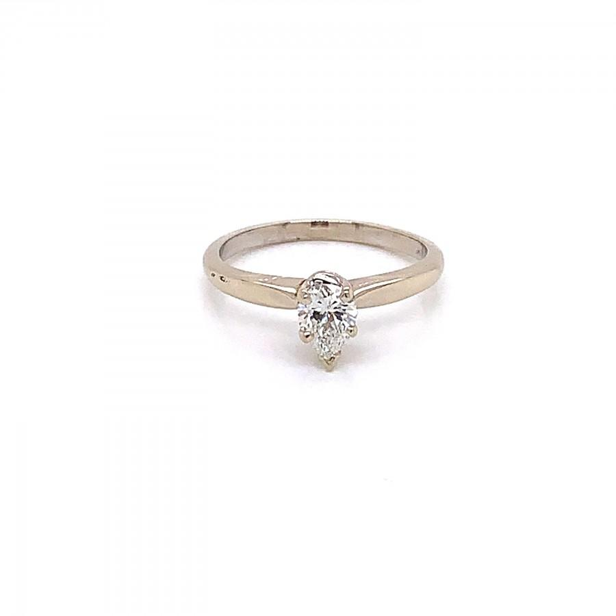 Mariage - Vintage 1970s Pear Shape Diamond Engagement Ring .45ct