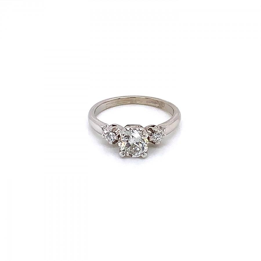 Mariage - Vintage 1940's diamond 3 stone ring engagement ring .75ct