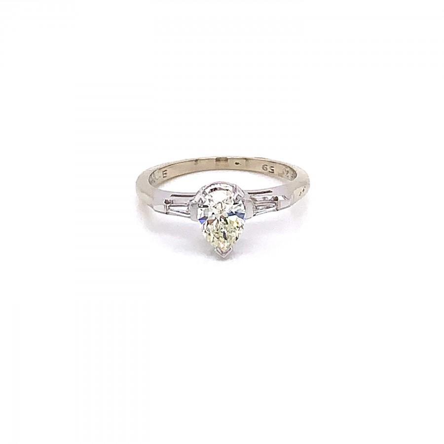Mariage - Vintage 1960s Pear Shape Diamond Engagement Ring .58ct