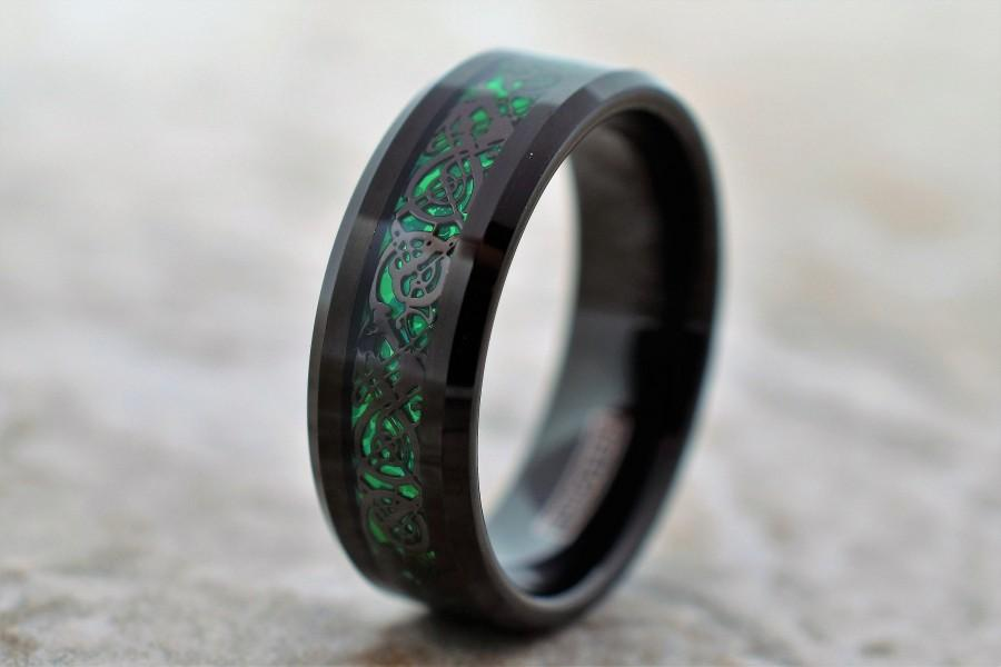 Свадьба - Tungsten Ring, Men's Tungsten Wedding Band, Black Tungsten Ring, Green Tungsten Ring, Green Tungsten Band, Celtic Ring, Green Celtic Ring