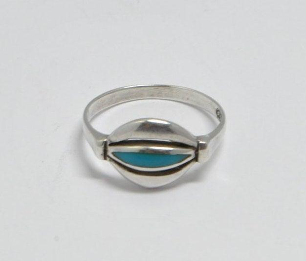 Mariage - Native american turquoise ring and sterling silver, vintage rings, vintage jewelry, turquoise jewelry, turquoise, turquoise rings