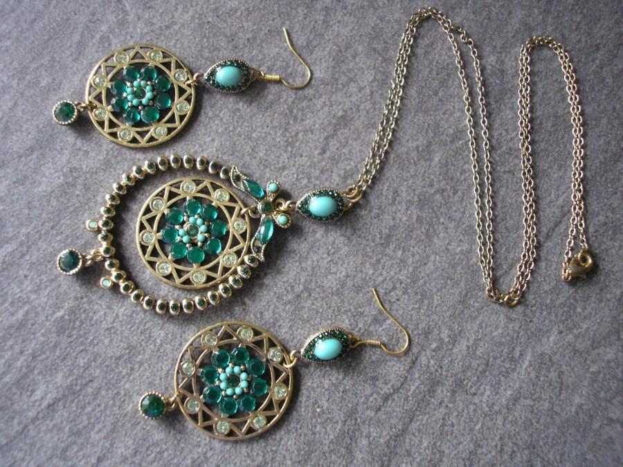 Wedding - Long Green Indian Bridal Pendant And Earrings Set